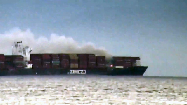 AHORA | Se incendia un buque en las costas de Canadá que transporta más 52.000 kilogramos de químicos