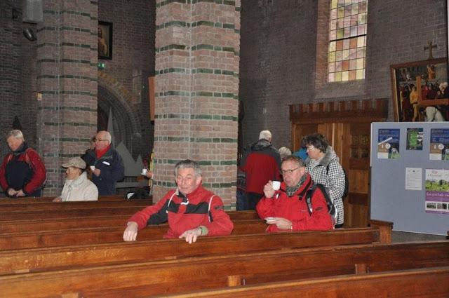 Wandelaars van Camino der Lage Landen in de Martinuskerk - DSC_0042.jpg