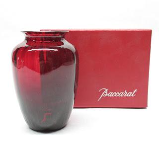 Baccarat NEW Vase in Box