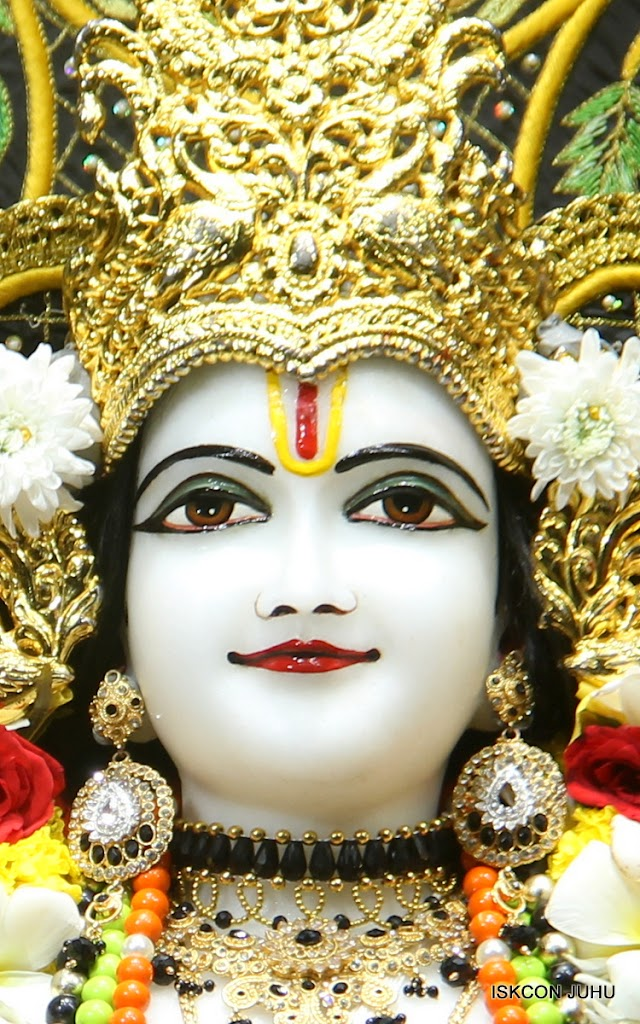ISKCON Juhu Sringar Deity Darshan on 2nd July 2016 (23)