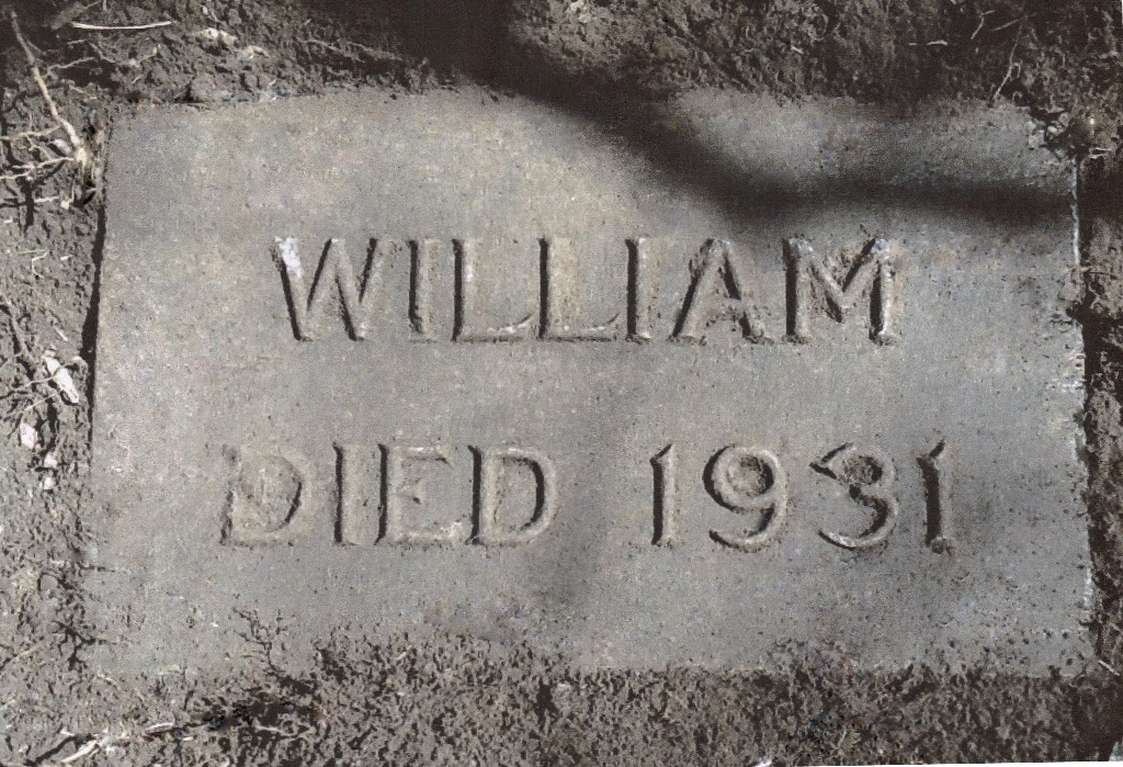 [LINDSAY_William_headstone_1931_WoodmereCem_DetroitMI%5B4%5D]