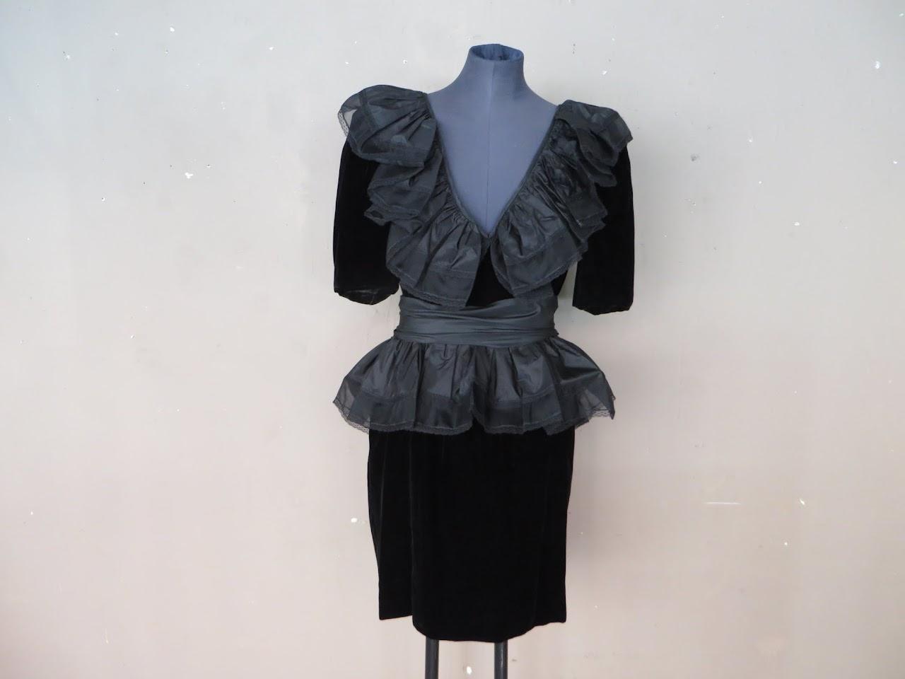 Miss O by Oscar de la Renta Vintage Goth Frock