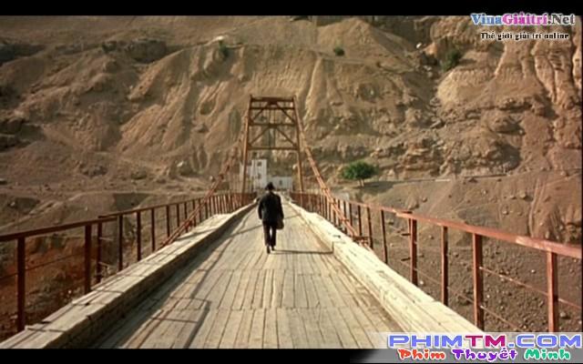 Xem Phim Vượt Ngàn Dặm Xa - As Far As My Feet Will Carry Me - phimtm.com - Ảnh 3