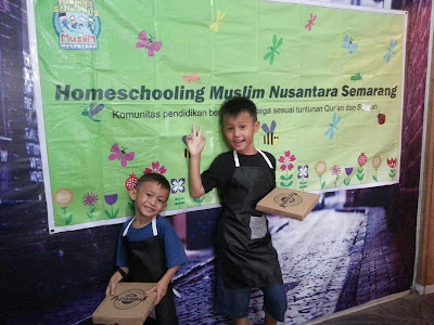 Fun Time #16 : Membuat Italian Pizza bersama HSMN