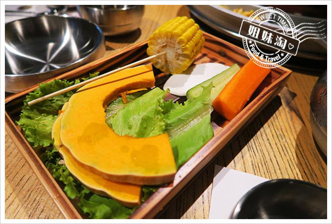 高雄姜虎東678白丁烤肉店2號店 蔬菜盤(吃到飽)