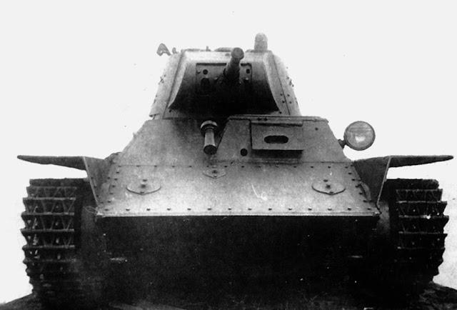 Колесно-гусеничный танк Т-26