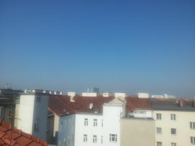 Strahlend blauer Himmel am 18.06.2013