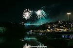 Bridge Fireworks.047