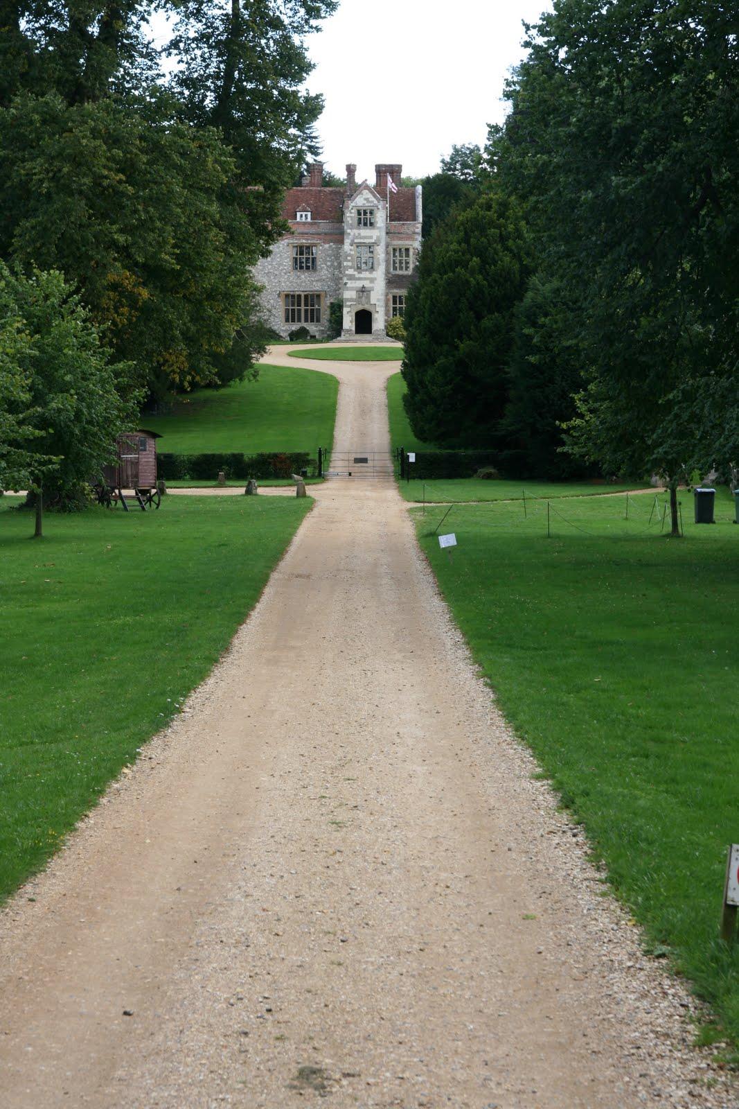 1008 074 Alton Circular, Hampshire, England Towards the manor