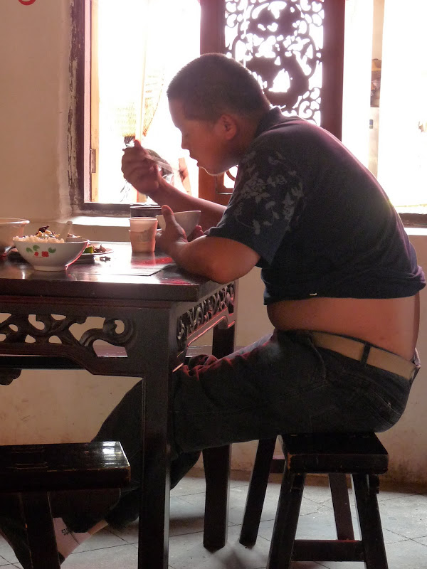 Chine . Yunnan   HEI JING  (ancienne capitale du sel) - P1260527.JPG