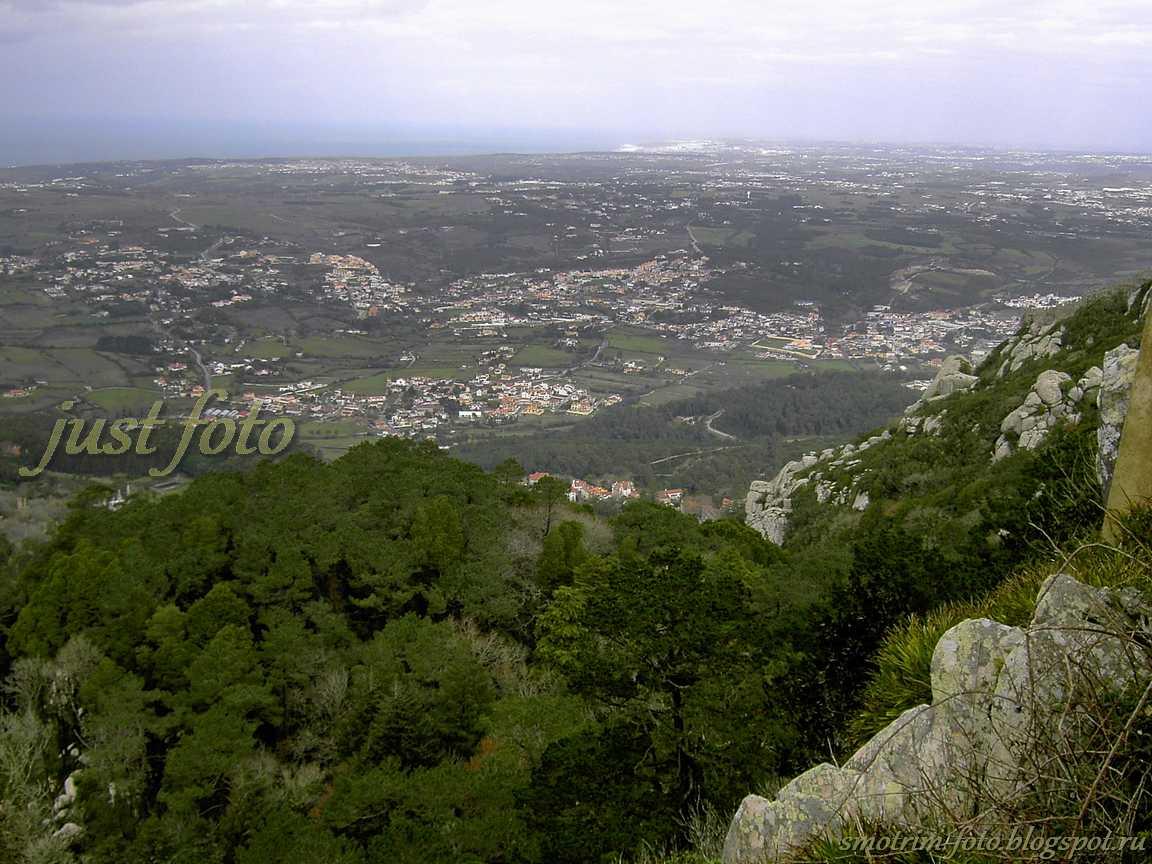 Pena Palace с высоты фото