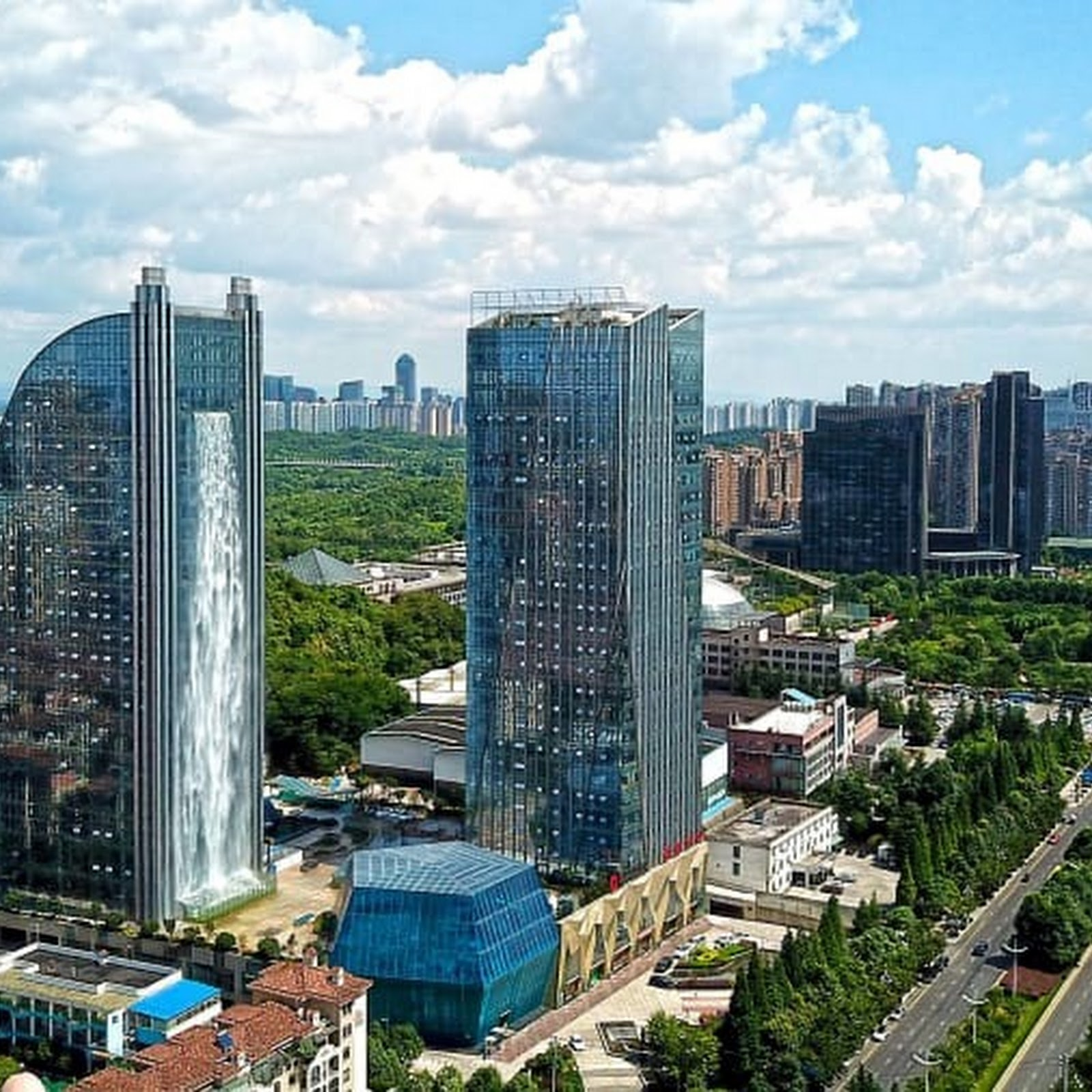 China's Waterfall Skyscraper