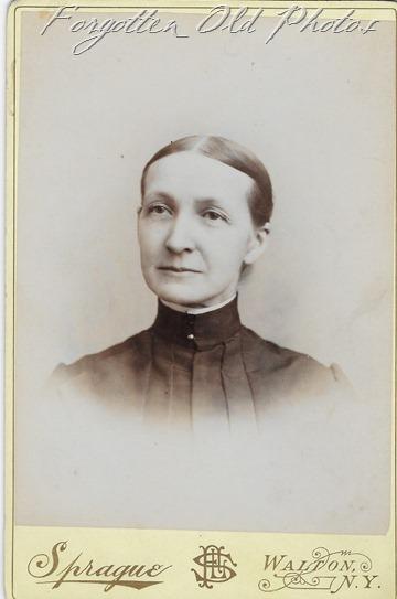 Mrs Dewey Craigs