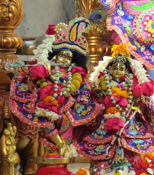 ISKCON Vallabh vidhyanagar Deity Darshan 19 jan 2017 (7)