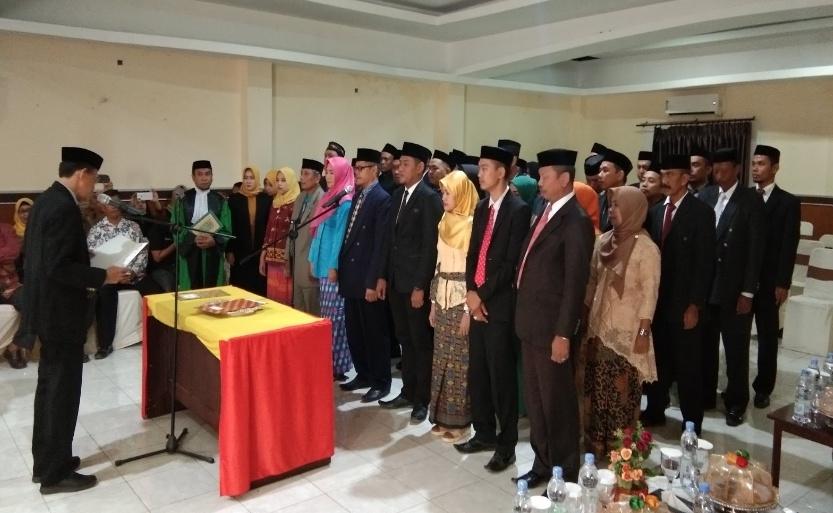 Sebanyak 40 Anggota PPK Pilkada Soppeng 2020 Dilantik Oleh Ketua KPU Soppeng