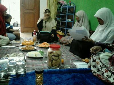 Jaulah dari Bidpuan DPD PKS Cirebon, Kamis 26 Desember 2013, bertempat di rumah Ibu Siti Aisyah