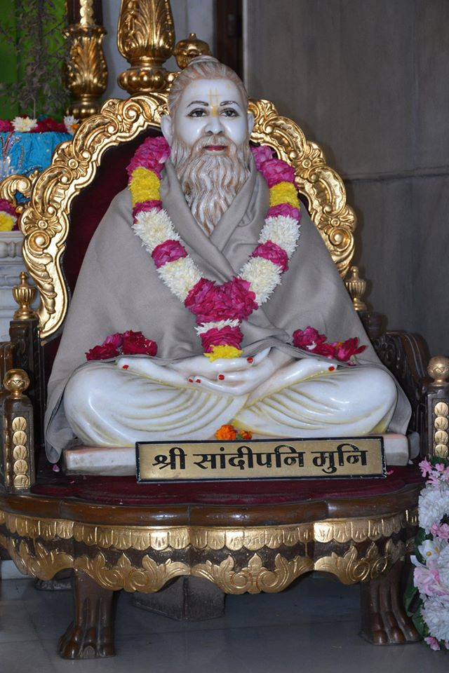 ISKCON Ujjain Deity Darshan 08 Jan 2016 (6)