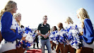 Giedo van der Garde with F1 grid girls