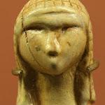 Musée d'archéologie nationale, Paléolithique supérieur (Gravettien) : Dame de Brassempouy ou Dame à la Capuche, ivoire (Brassempouy, Landes)