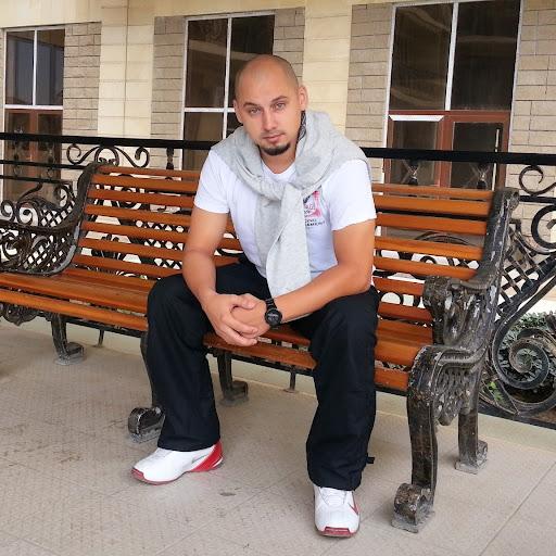 Dima Melnikov Photo 6
