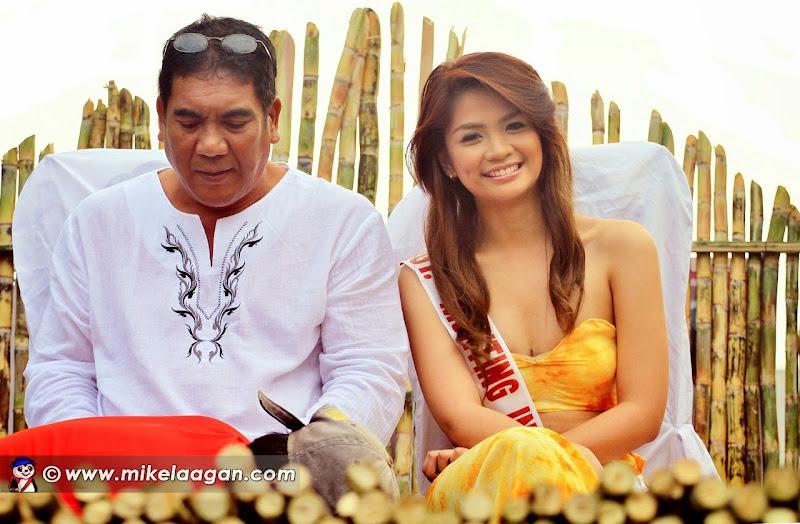 Mutya ng Nasugbu 2013 Candidate in Float