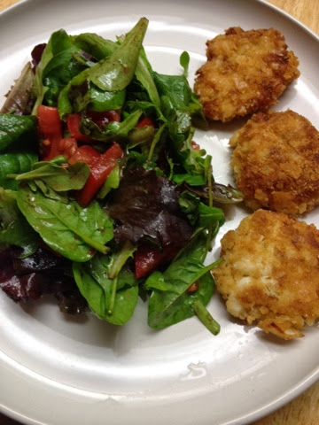 What Foods Go Well With Crab Cakes