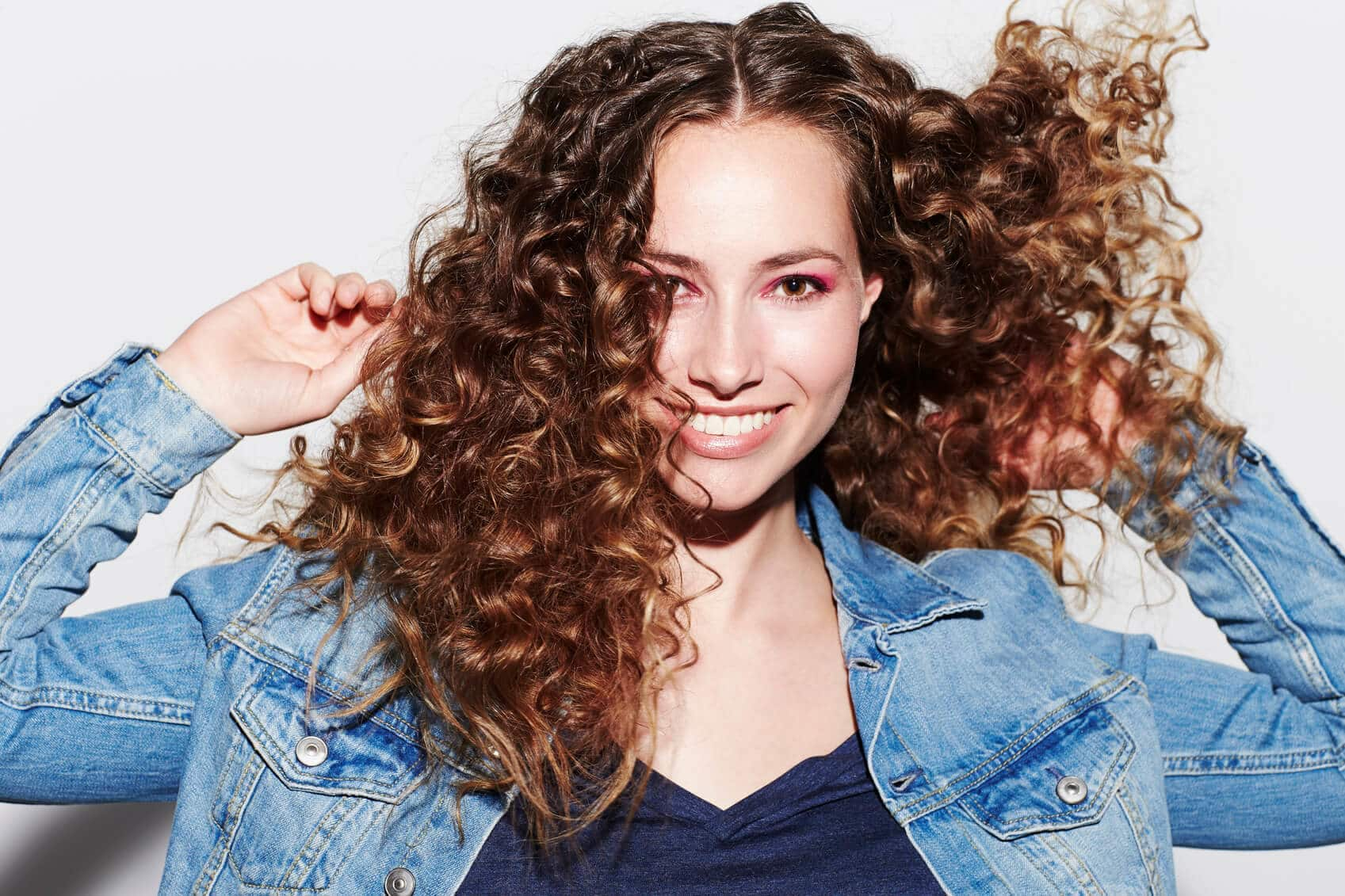 2018 Blonde Curly Hair : Exclusive Styles For Beautiful Womans 2