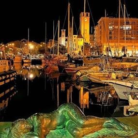 Il porto addormentato by Maksim Maksim - City,  Street & Park  Night ( la sirena )