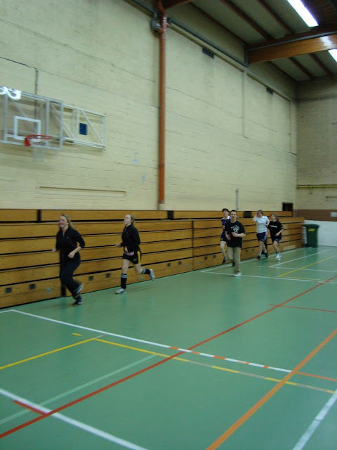 Opwarming in zaal Rampelberg te Machelen (meer info op http://users.telenet.be/zvcdekartoesjkens)