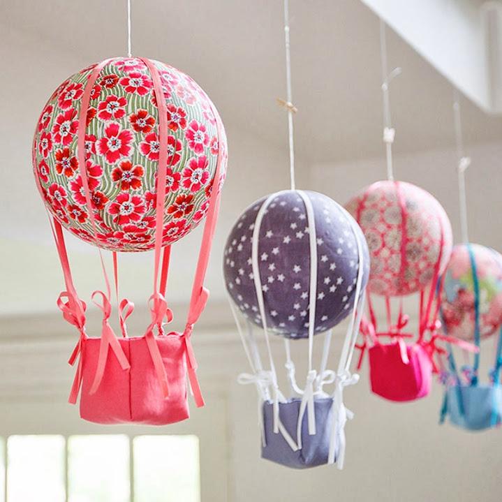 Grand cadre papillons Les montgolfières Mille Coquelicots