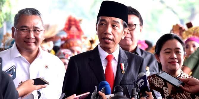 6 Jurus Ampuh Jokowi Hadapi Corona,Gunakan PKH dan Kartu Prakerja