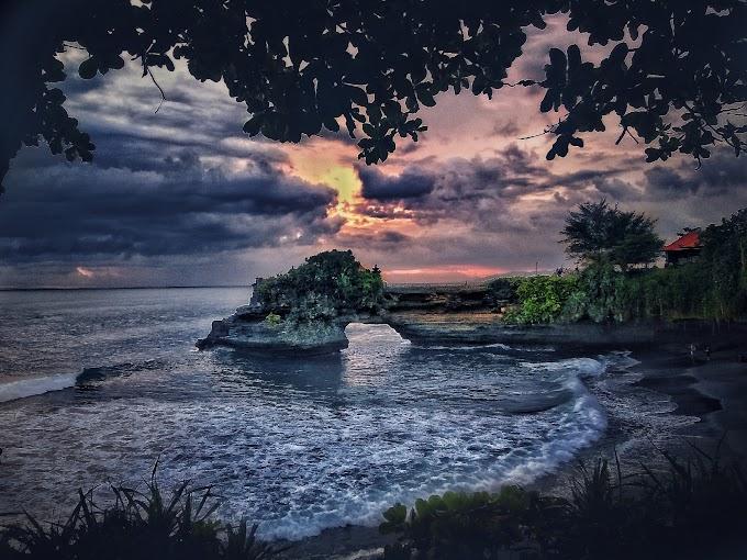 Tanah lot,Bali, Indonesia