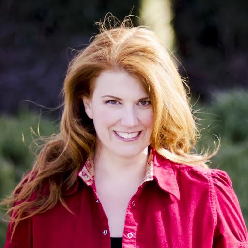 Elizabeth Holt Photo 27