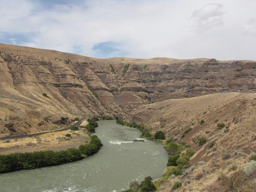 Deschutes River - IMG_2285.JPG
