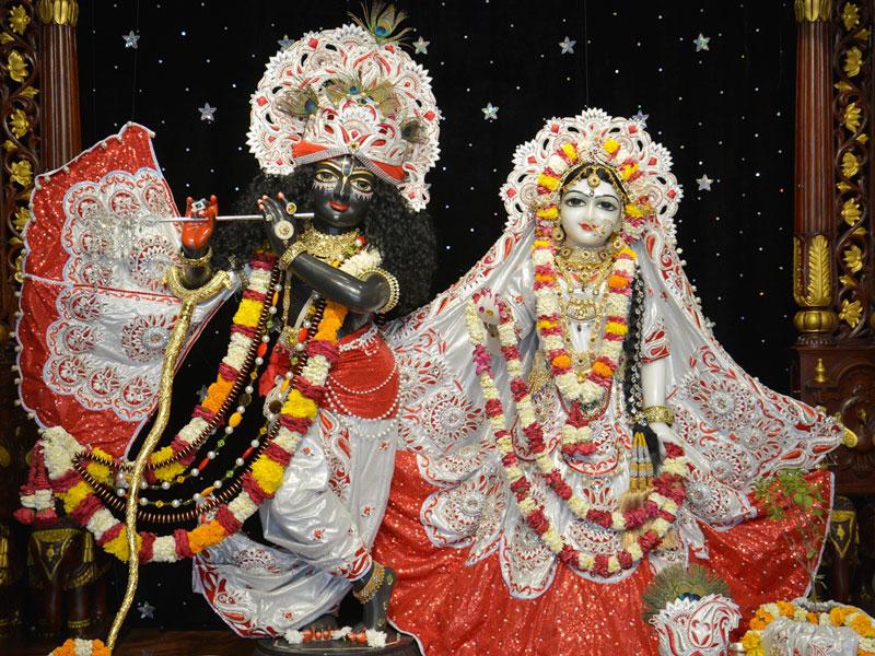 ISKCON Ahmedabad Deity Darshan 23 April 2016 (5)