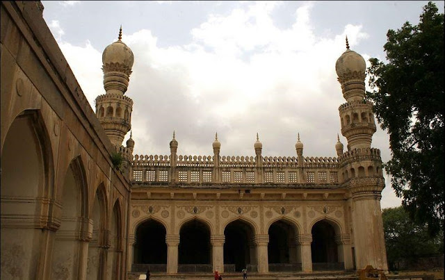 Hyderabadi Baataan - d9dbe82e31deffe5f89d7523338a01706a534be4.jpg