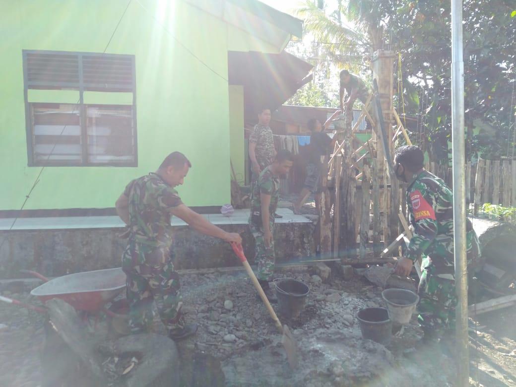 Wujud Cinta Markas Komando, Personil Koramil 05 Marioriwawo Benahi Pangkalan Secara Swadaya