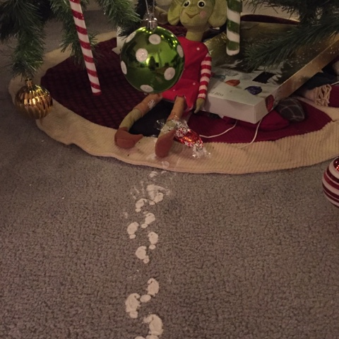elf on the shelf elf footprints