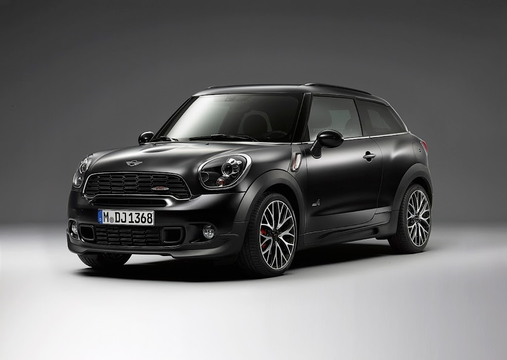 MINI Paceman Frozen Black Matte 47