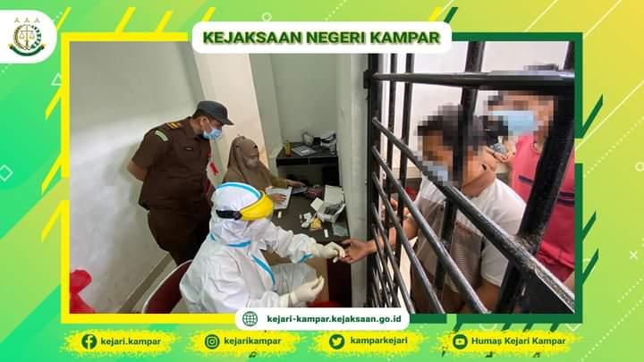 Kejari Kabupaten Kampar gelar Rapid Test ke Para Tahanan