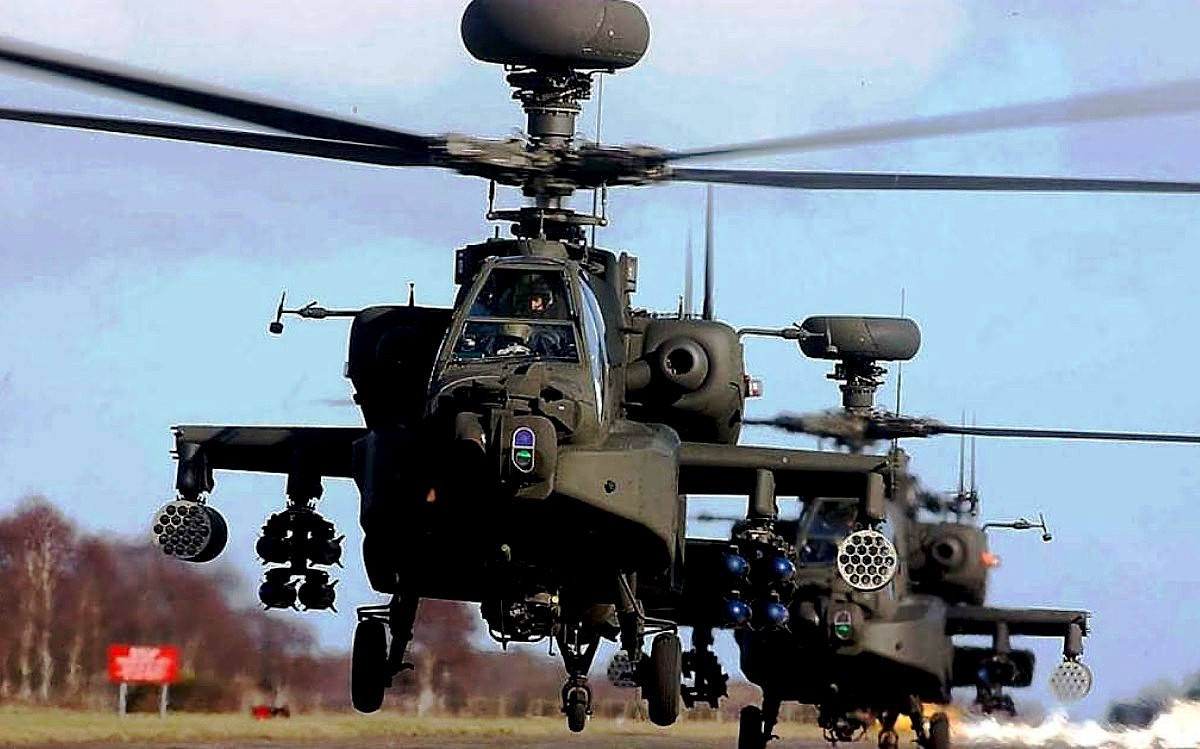 AH-64 Apache Helicopter Wallpaper 1