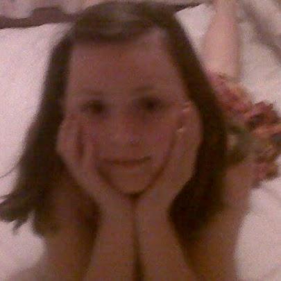 Hollie Deville Photo 2