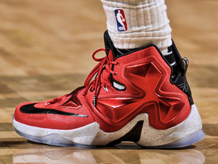 Take a Closer Look at LBJs On Court Nike LeBron XIII PE ...