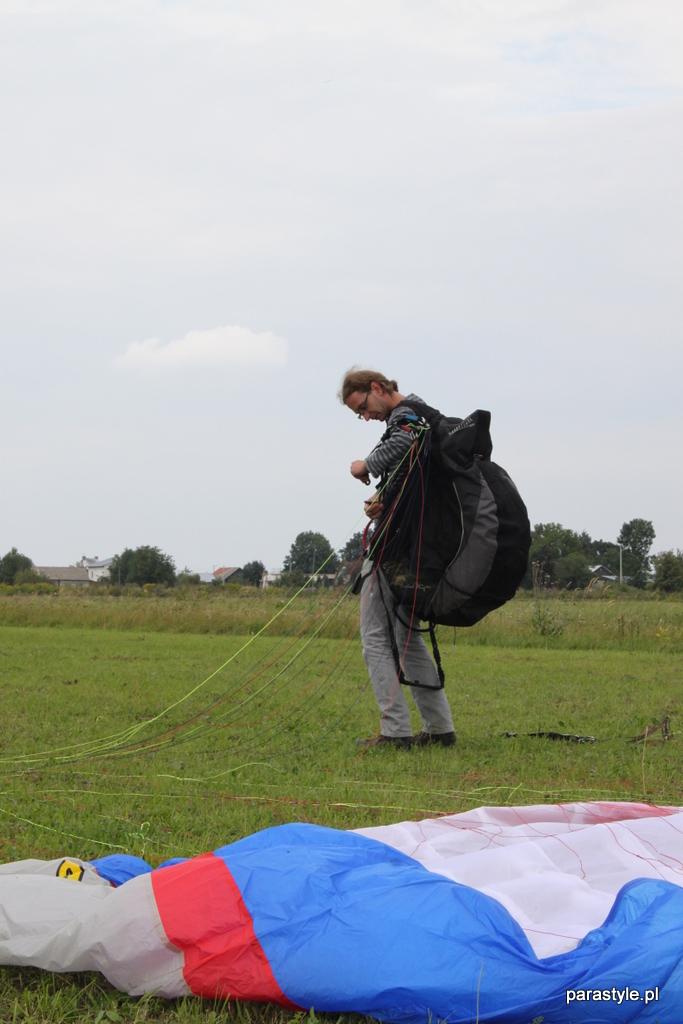 Szkolenia paralotniowe Sierpień 2012 - IMG_5112.JPG