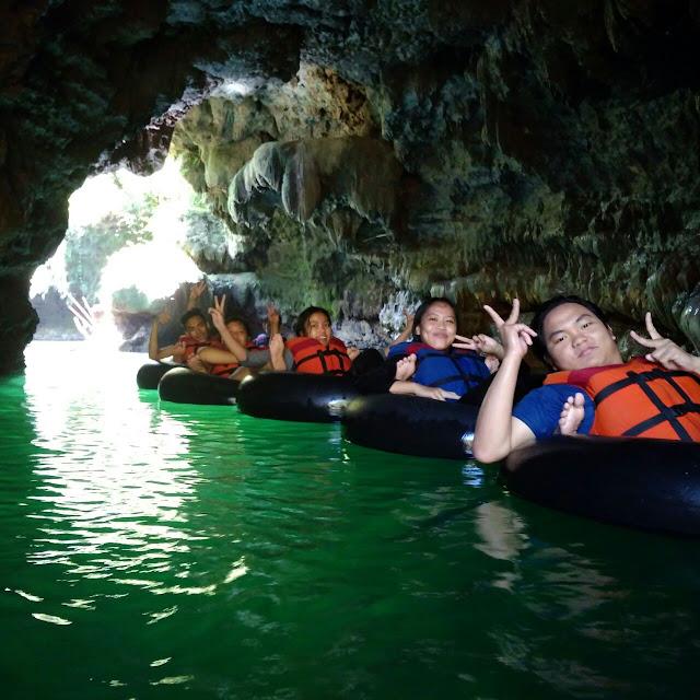 Santirah River Tubing dan Body Rafting