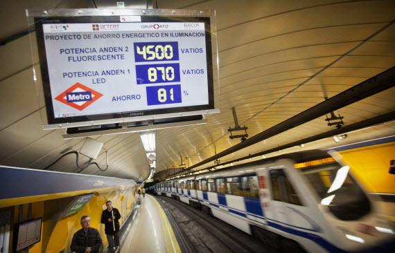 Nuevas lámparas LED en Metro de Madrid