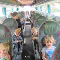 "Kleuters op schoolreis naar binnenspeeltuin ""Kidoe"""