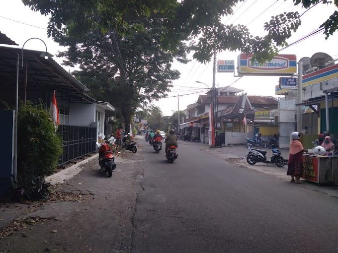 Rumah Istimewa Strategis Pinggir Jalan Raya Utama Condongcatur