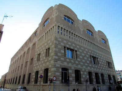 Edificio modernista La Llauna.
