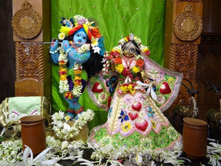 ISKCON Nigdi Deity Darshan 29 May 2016 (7)